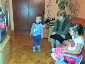 Баба с Мая и Кики